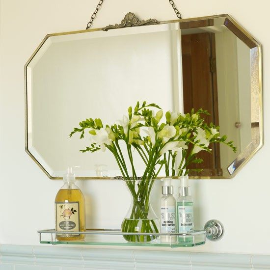 Pics for vintage bathroom mirror for Old style mirror