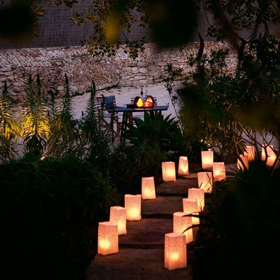 Garden lighting | Urban garden ideas - 10 design tricks | Garden inspiration | Livingetc | PHOTO GALLERY