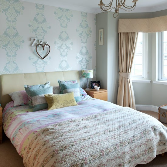 Main bedroom real homes new england seaside inspired for New england style bedroom