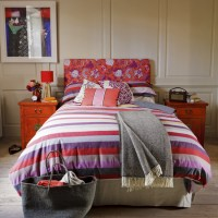 Colourful patterned bedroom