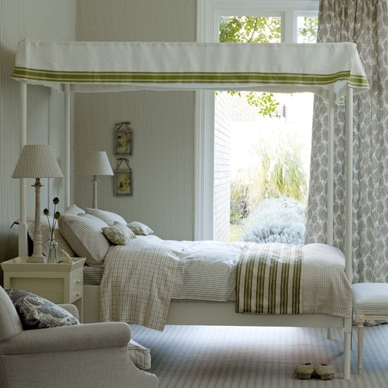 Neutral patterned bedroom | Bedroom decorating ideas | Homes & Gardens | Housetohome.co.uk