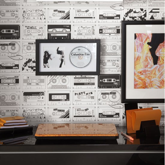 Use Bold Wallpaper For A Statement Look Ideal Home S