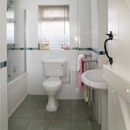 Small white bathroom modern bathrooms for Small bathroom ideas uk
