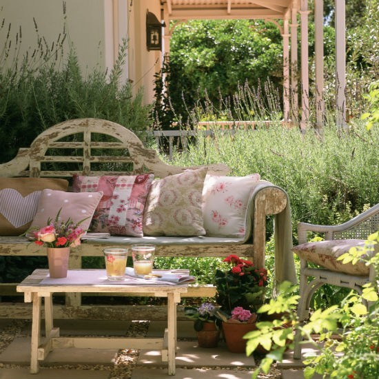 Try a taste of Provence | Patio | Garden | IDEAS GALLERY | Ideal Home | Housetohome