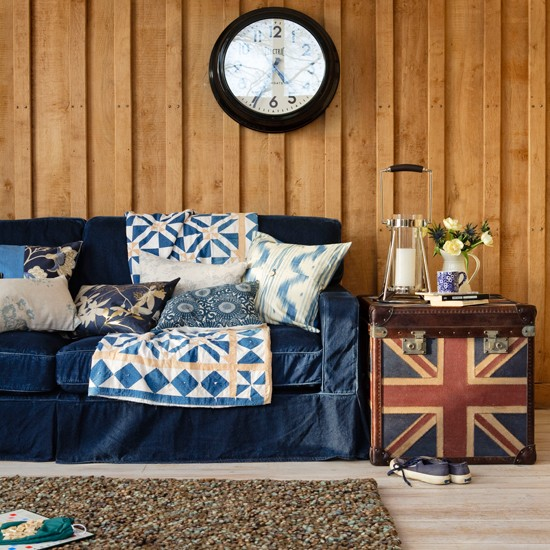 Go for patriotic-themed furniture | | Classic British decorating ideas to celebrate the Queen's Jubilee