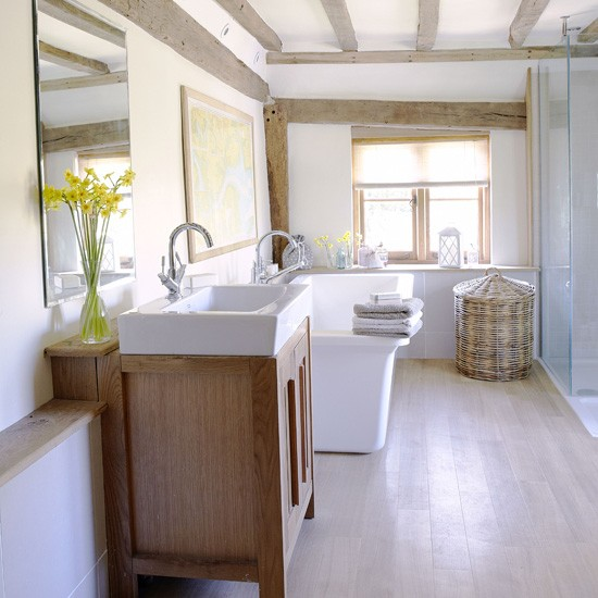 White country bathroom country bathroom ideas for Easy clean bathroom design