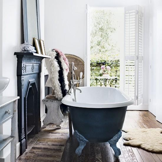 Bathroom | Take a tour around a light entertainment home | House tour | Livingetc | PHOTO GALLERY