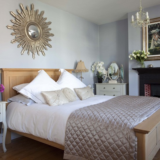Calm blue bedroom neutral bedrooms for White and neutral bedrooms