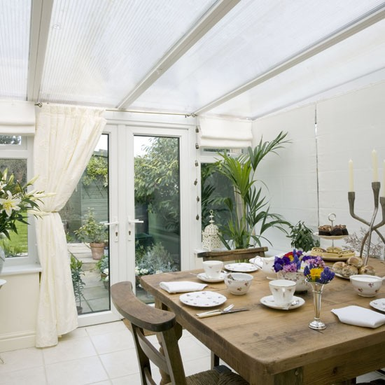 Simple extension garden room garden rooms housetohome for Garden room extension interior