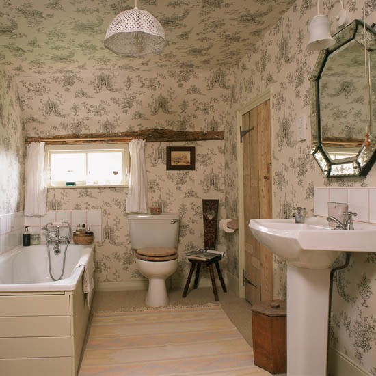 Bathroom with papered ceiling | Bathroom wallpaper | feature walls | bathroom decorating ideas | PHOTO GALLERY | 25 Beautiful Homes | Housetohome