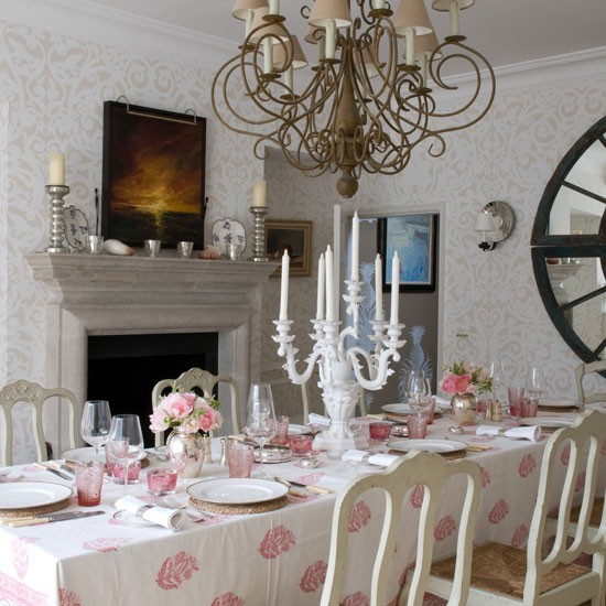 Dining room | Colourful country home | House tour | Homes & Gardens | Housetohome | PHOTOGALLERY