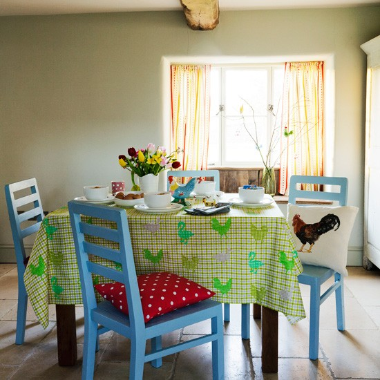 Light and airy dining room | Dining room decorating | Country Homes & Interiors | Housetohome