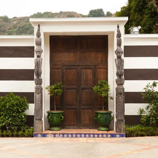 Exterior   Take a tour around a humble Hollywood bungalow   House tour   Livingetc   PHOTO GALLERY