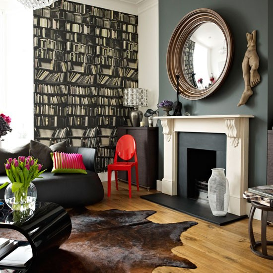 Living room | Be inspired by a dark and dramatic Victorian town house | House tour | Livingetc | PHOTO GALLERY