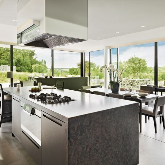 Go for glass walls | Outdoor kitchens - 10 ideas | Beautiful Kitchens | Housetohome | PHOTOGALLERY