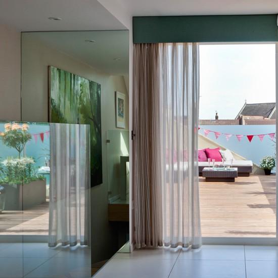 Open-plan entertaining area | Ideas for open-plan living | Homes & Gardens