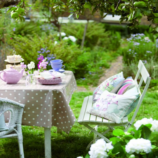 Summer tableware from Dunelm Mill | Garden furniture | entertaining | garden | SHOPPING GALLERY | Ideal Home | Housetohome