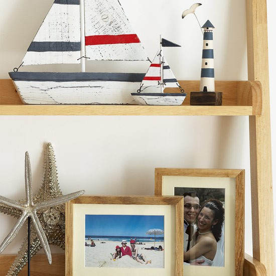 Display shelf | Seaside-style dining room | housetohome.co.uk