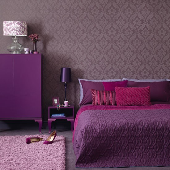 bedroom with chest of drawers and lilac rug bedroom decorating ideas