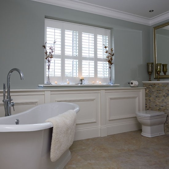 Bathroom with traditional shutters | Traditional Bathrooms UK