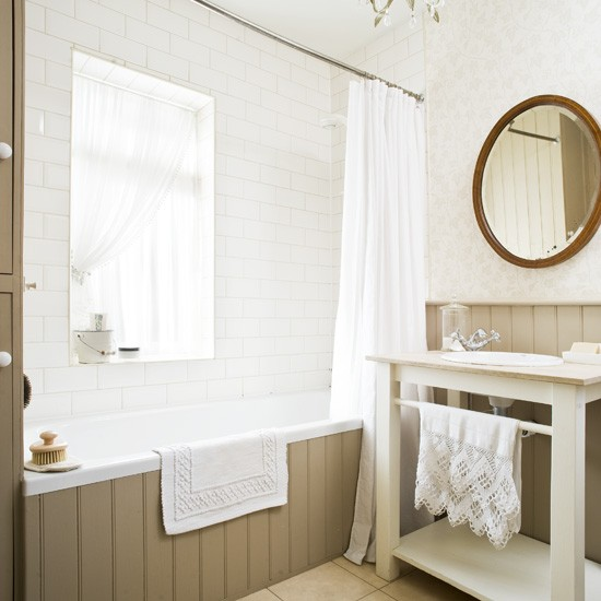 Traditional tongue and groove bathroom traditional for Bathroom ideas using tongue and groove