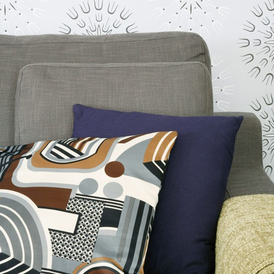 Cushions and wallpaper | House tour | Modern flat | PHOTO GALLERY | Style at Home | Housetohome