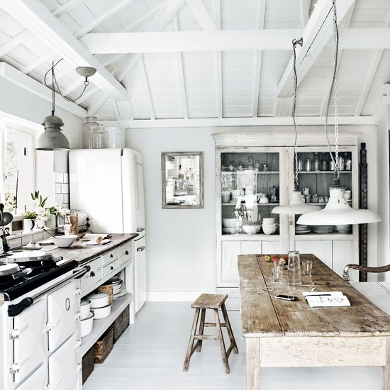 Kitchen | Take a tour around a Cornish cream house on the sea | House tour | Livingetc | PHOTO GALLERY