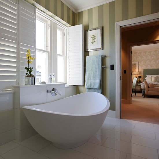 White En Suite Bathroom With Green Stripe Wallpaper