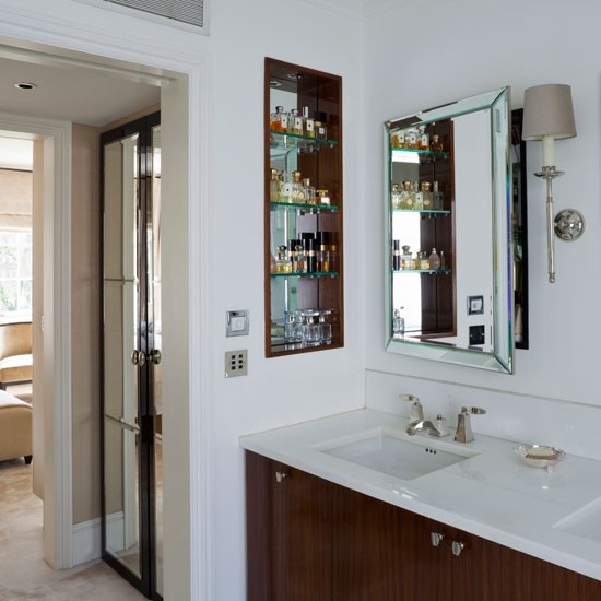 En suite with smart cabinetry and open storage en suite for Ensuite bathroom ideas