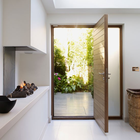 Front door | Refurbished canalside London home | House tour | Homes & Gardens | Housetohome | PHOTOGALLERY