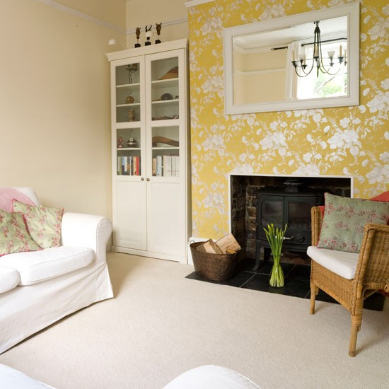 cosy living room with floral wallpaper living room decorating