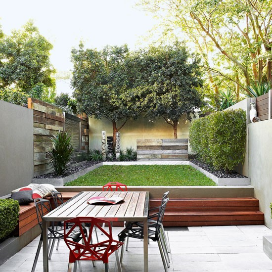 Modern garden pictures house to home for Split level garden designs