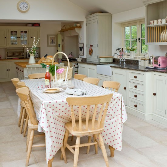 Country Kitchens For Summer