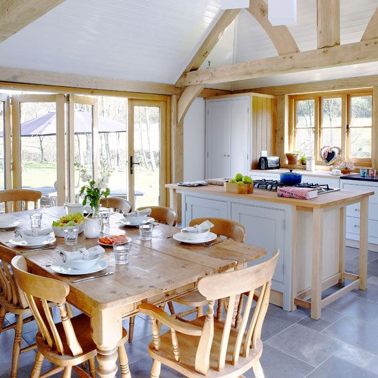 Divide up the space | Country kitchens for summer | housetohome.