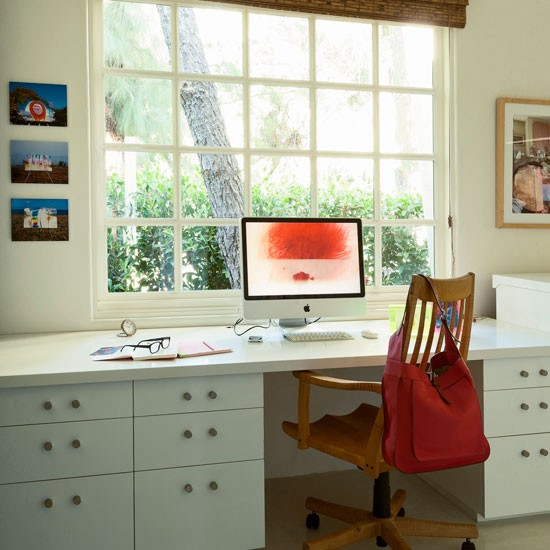 Modern white home office | Modern home office | Living etc