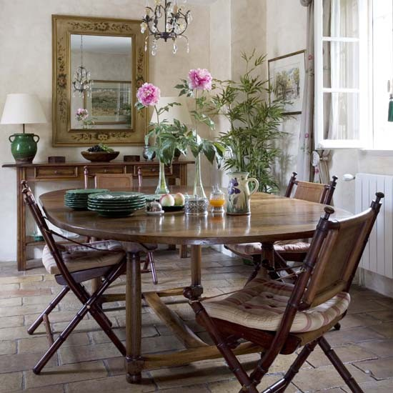 Dining room | French country home | country home | House tour | PHOTO GALLERY | 25 Beautiful Homes | Housetohome