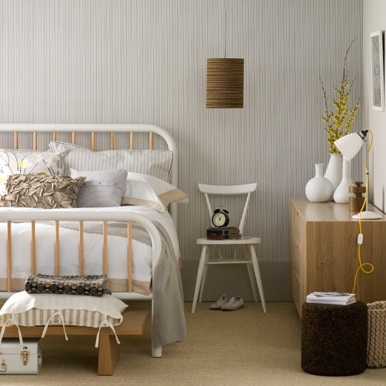 Neutral bedroom with monochrome wallpaper bedroom for Neutral bedroom designs