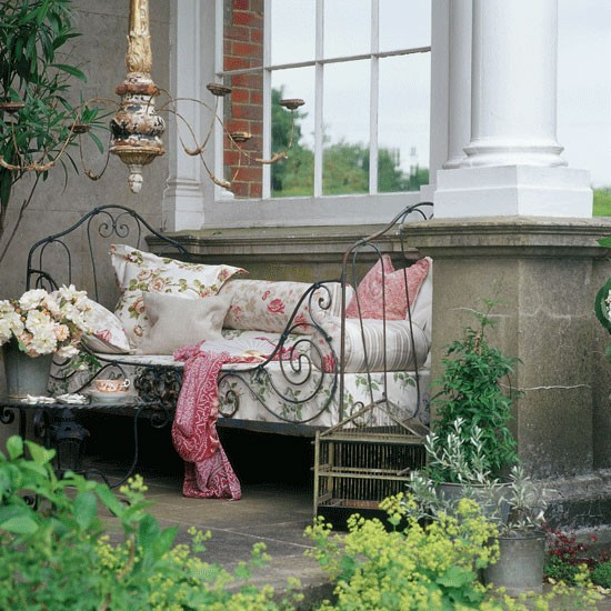 Time to relax | Country garden ideas | Homes & Gardens | Housetohome | PHOTOGALLERY