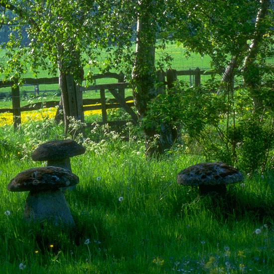 Staddle stones | Country garden ideas | Homes & Gardens | Housetohome | PHOTOGALLERY