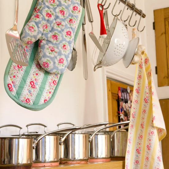Pots and pans | Vintage decorating - 10 ideas | IDEAS GALLERY | Style at Home | Housetohome