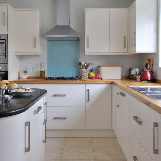 White Kitchen Units With Oak Worktop: Contemporary White Kitchen