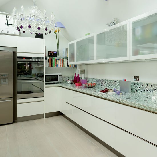 Glamorous modern kitchen modern kitchen ideas for Quirky modern kitchen