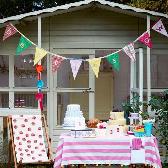 Have a summer party garden summer house ideas for your for Garden design ideas with summer house