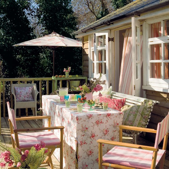 Make space to dine | Summerhouse style - 10 ideas | PHOTO GALLERY | Housetohome.co.uk