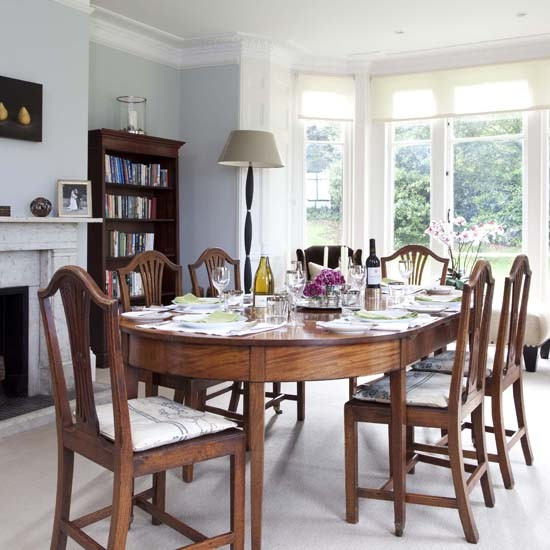 Dining room house tour georgian house 25 beautiful for Georgian dining room ideas