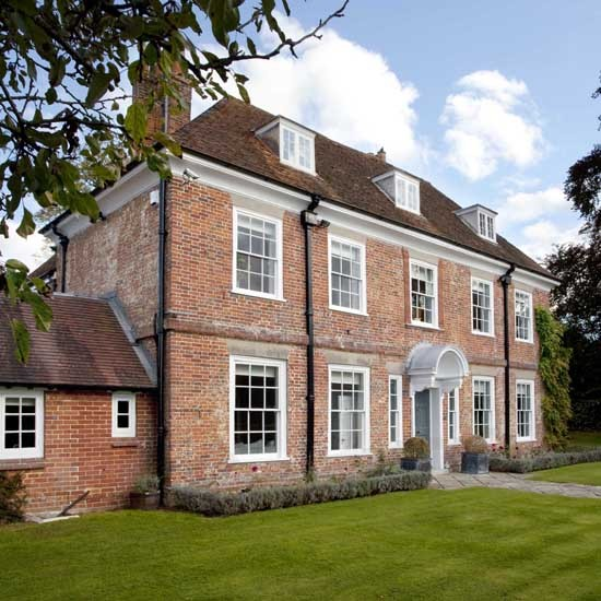 Exterior | House tour | Hampshire vicarage | Georgian house | PHOTO GALLERY | 25 Beautiful Homes | Housetohome