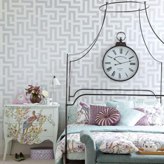 Elegant vintage-style bedroom | Bedroom decorating ideas | Ideal Home | Housetohome