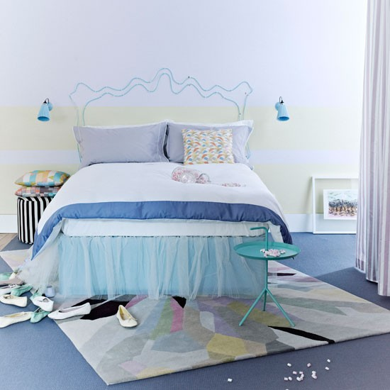 Punchy pastel bedroom modern bedroom decorating ideas for Bedroom ideas pastel