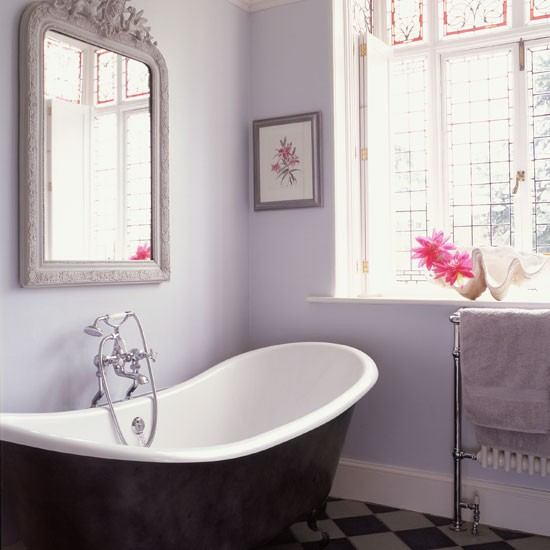 Bathroom be inspired by a 17th century farmhouse in for Bathroom design oxfordshire