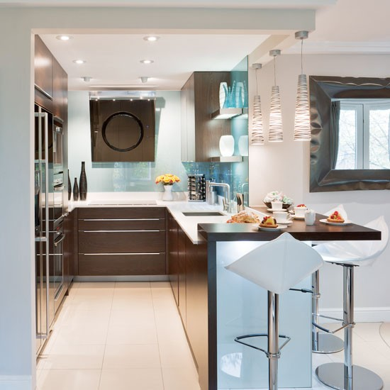 Integrated appliances | Small kitchen design | PHOTO GALLERY | Beautiful Kitchens | Housetohome.co.uk